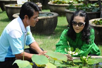TV Program Weekend by Kob filming Lotus Museum